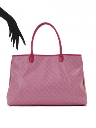 ピンク タッセルチャーム付 トートバッグを見る