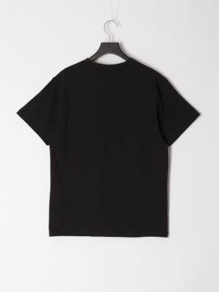 Black/Black Line T-shirtを見る