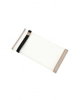 ホワイト PVC二つ折りマスクケース ヒューマン ウーマンを見る