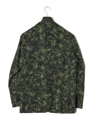 カーキグリーン カモフラージュ テーラードジャケットを見る
