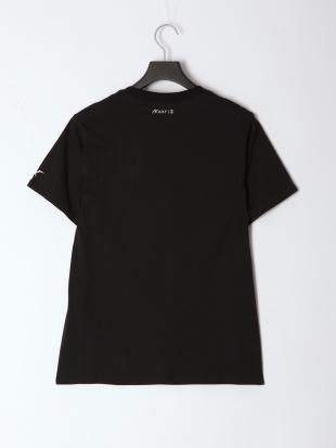 BLACK × WHITE メンズアーチロゴ半袖Teeを見る