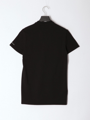 BLACK メンズ Vネックワンポイント半袖Teeを見る