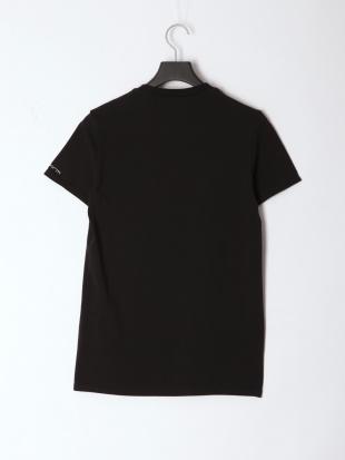 BLACK メンズ クルーネックワンポイント半袖Teeを見る