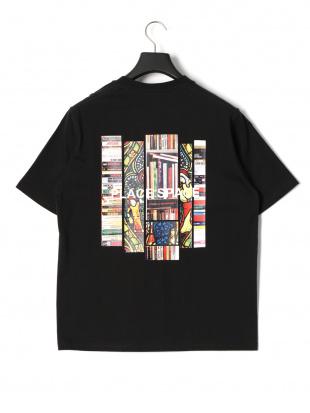 ブラック プレイス プリント 半袖Tシャツを見る