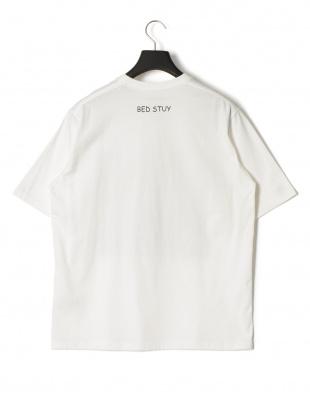 ホワイト ベッドスタイ プリント 半袖Tシャツを見る