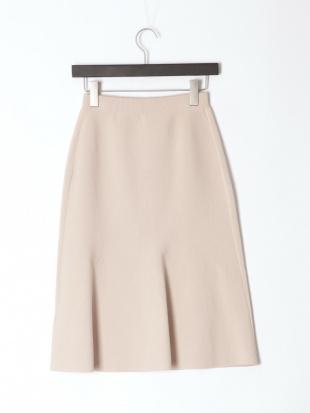ピンクベージュ タイトニットスカートを見る