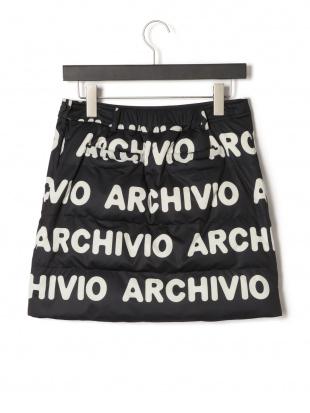 ブラック 中綿入 ロゴ スカートを見る