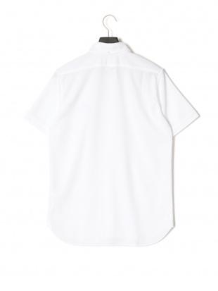 ホワイト 半袖 ニットシャツを見る