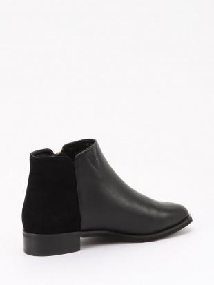 ブラック  ブーツSを見る