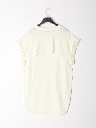 オフホワイト バックコンシャスTシャツを見る