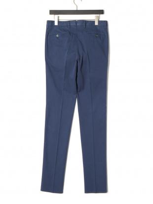 ブルー PT01 タブフロント パンツを見る