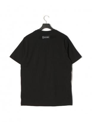 ブラック ロゴプリント 半袖  Tシャツ PATCH T-SHIRTを見る