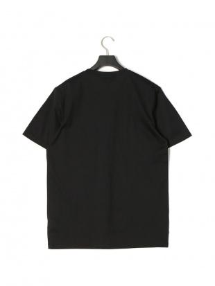 ブラック ジップ×ロゴ 半袖 Tシャツ CARGO T-SHIRTを見る