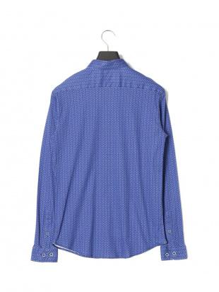 ブルー ジオメトリック パターン 長袖シャツを見る