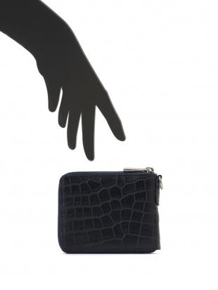 ネイビー クロコダイルレザー ラウンドジップ財布を見る