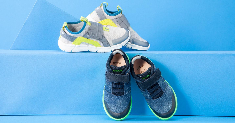 GEOX BOY-呼吸する靴 子供のための理想的で快適なテクノロジー-
