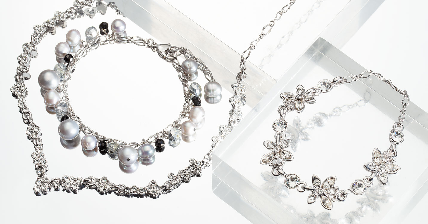 Crystal & Pearl jewelry  -petit luxurious selection-